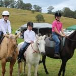 kids horses8976